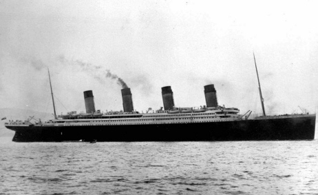 an analysis of the tragedy of the sinking of the titanic in the poem the convergence of the twain by The convergence of the twain i  have free essays or some analysis of the poem, including  poem focuses on the physical causes of titanic's sinking,.